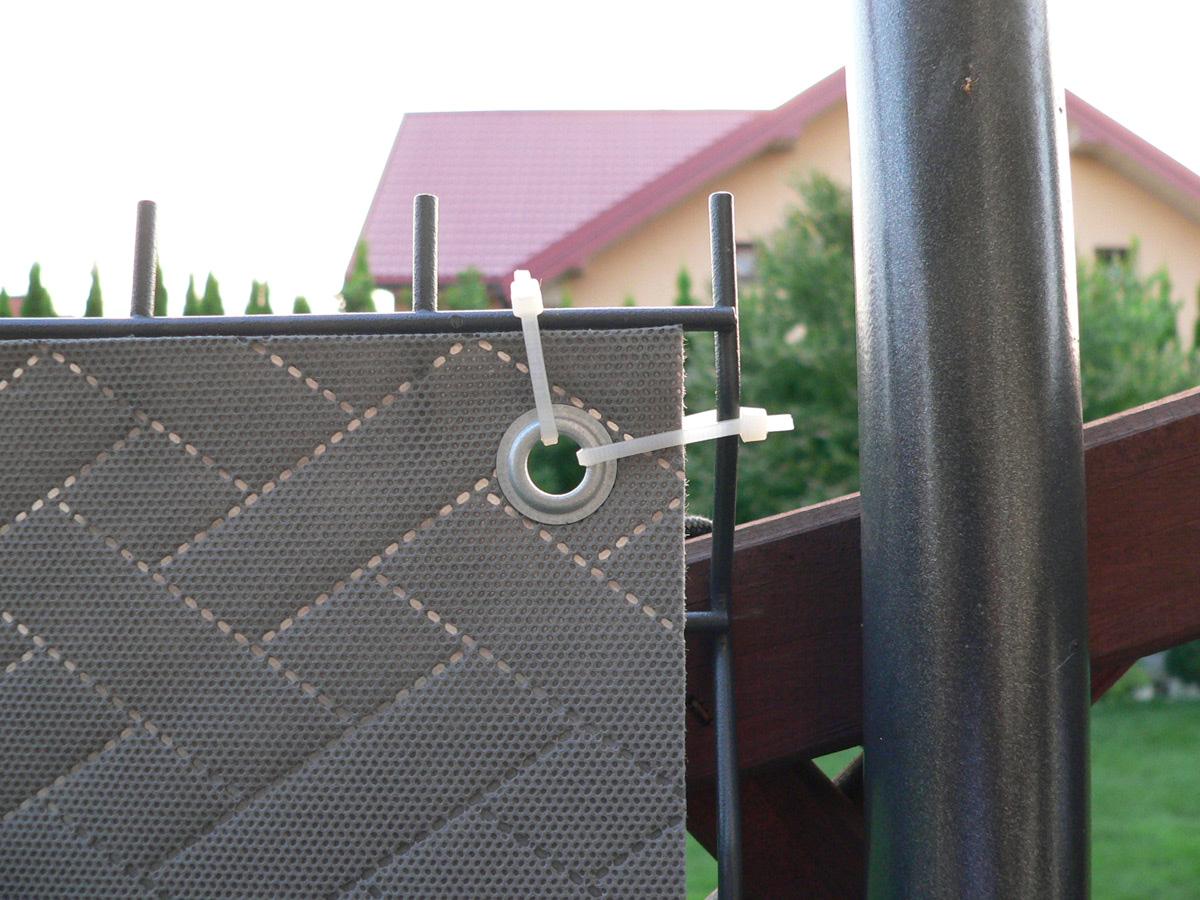 Mata na ogrodzenia - montaż